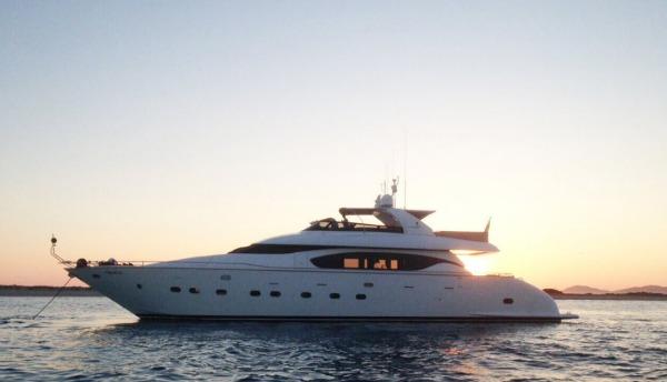 marina-yacht-rentals1